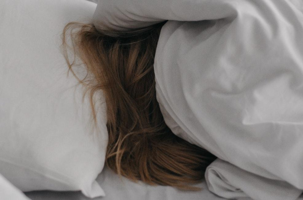 Как быстро уснуть ночью, если не спится