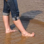 Грибок на ногах причины